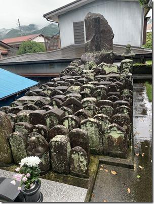お墓の清掃クリーニングなら伊豆伊東の石井石材へ (1)
