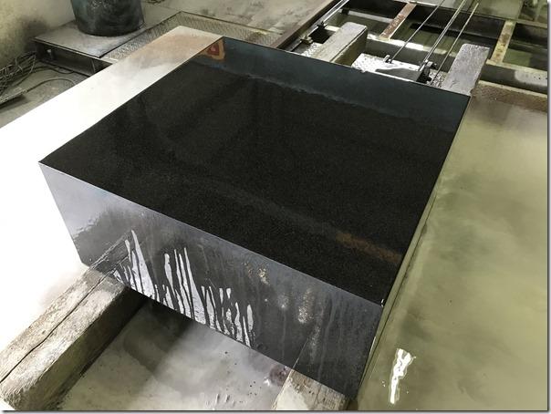 お墓と納骨室のリフォーム免震施工なら静岡維持伊東の石井石材におまかせください3