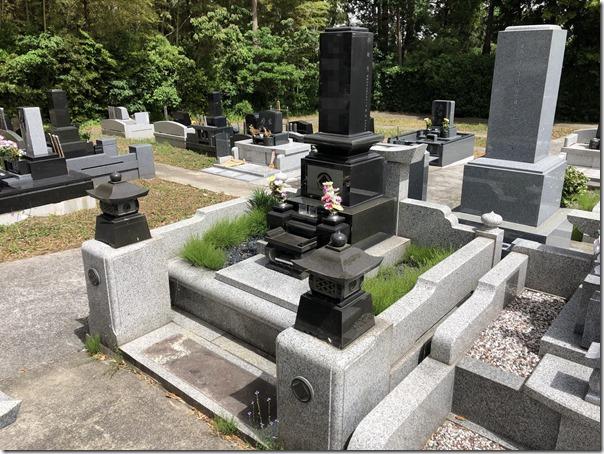 お墓の雑草対策は伊豆伊東河津の石井石材まで (1)